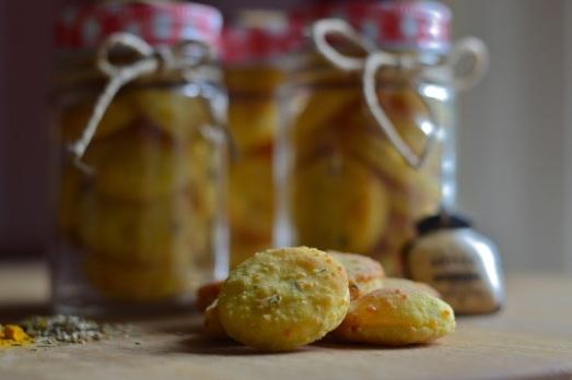 Sablèe formaggio e curcuma