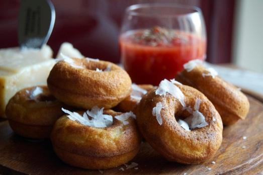 Donuts al Parmigiano Reggiano