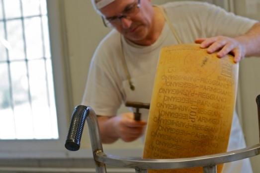 Mastro Casaro Parmigiano